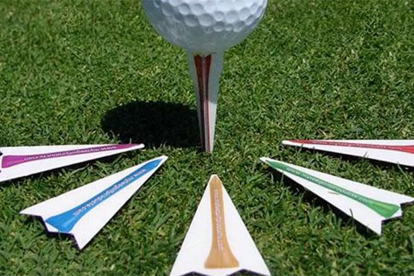 ゴルフ用ノベルティにカード型ゴルフティー
