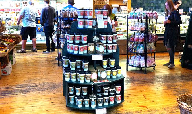 ホールリーフ使用で人気の紅茶 ティーシェッド。