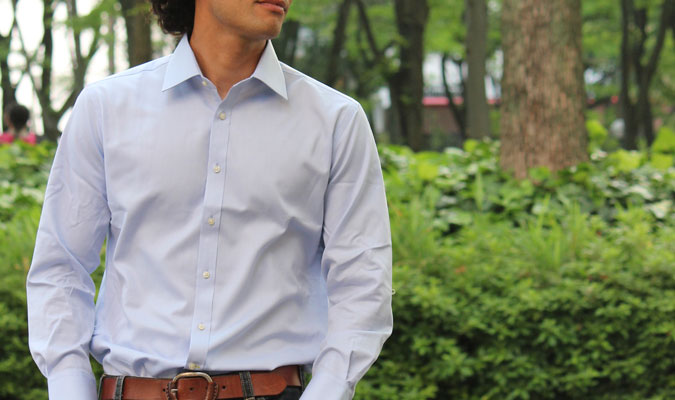上質な綿の肌触り、しかも汗染みができない究極のワイシャツ。