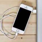 世界最薄、iPhone用モバイル充電器 EMIE Power Blade 8000mAh