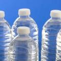 ペットボトルを簡単に潰せる、家庭で使えるペットボトル潰し。