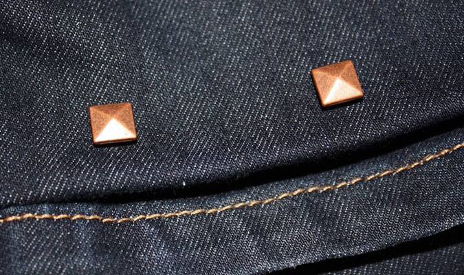 ジーンズの裾の長さを調整できるピン ヘムジェム