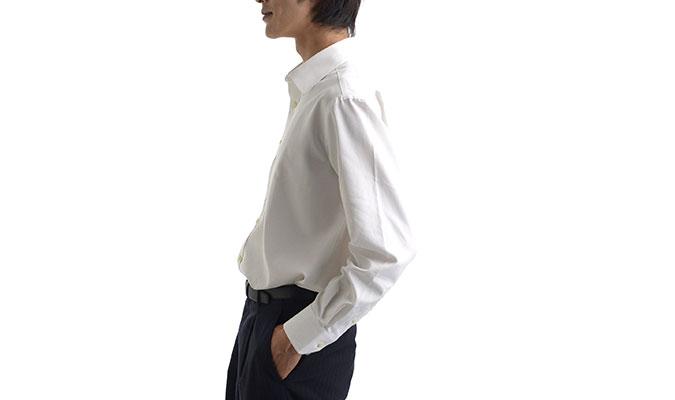 汗をかいてもワイシャツのシミが気にならない。
