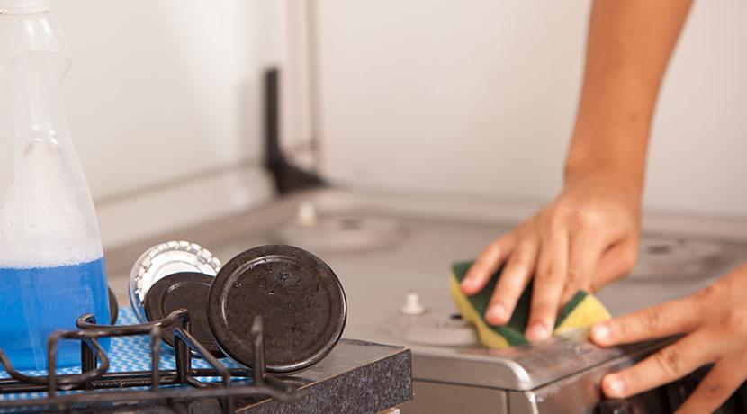 大掃除に活躍しそうなアイテム、「汚れ落とし」や「汚れ剥がし」にスクレイパー。