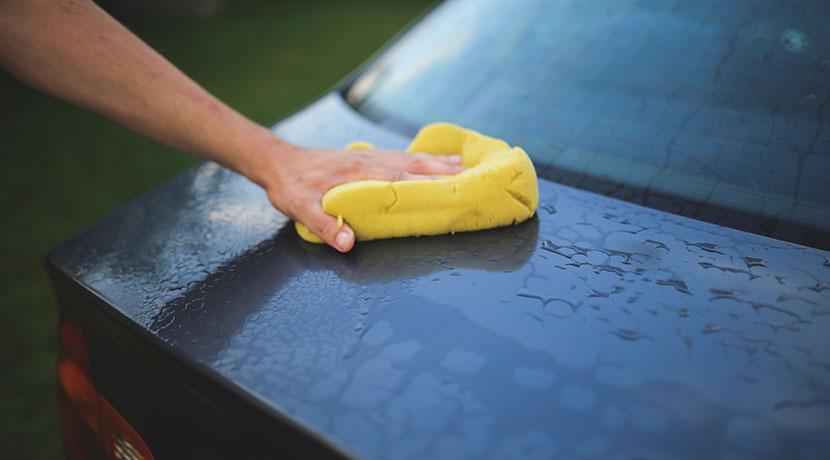 洗車用のマイクロファイバー、グローブ型が使いやすい。