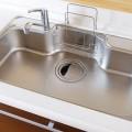 おすすめの洗い桶、畳めるタイプの洗い桶ならシンクが広く使えます。