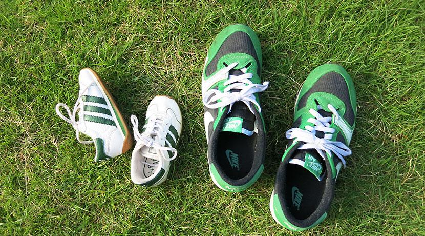 靴ひもがほどけない! 靴ひもを磁石で留めるためのグッズ。