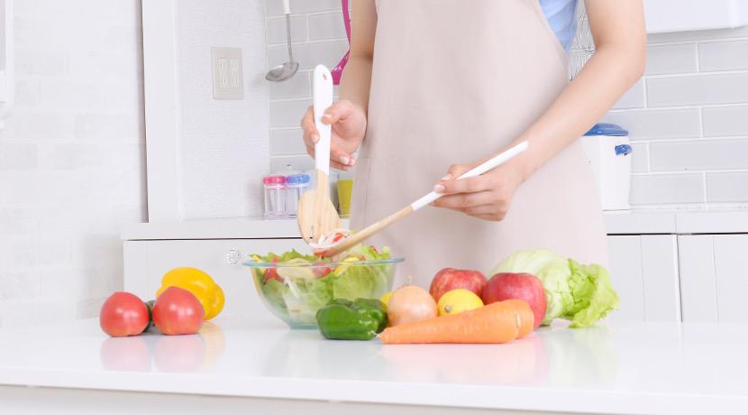 キッチンバサミは分解できて食洗機対応のものがおすすめ、丸ごと洗えるので衛生的に使えます。