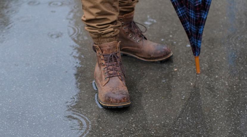 最強の靴下、防水加工で濡れないから屋外でも靴下が濡れて困ることがなくなります。