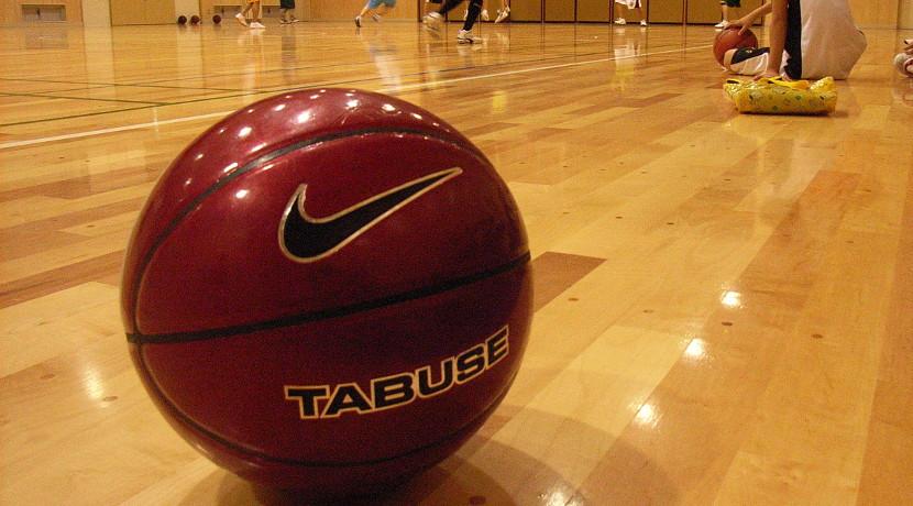 バスケのドリブルを自宅で練習するためのグッズ、音や振動を気にせずに練習できます。