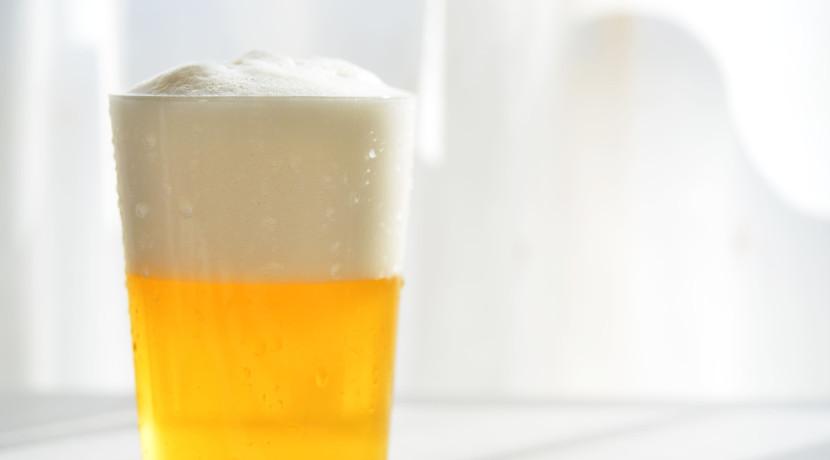 家庭用ビールサーバー、缶6本分を1度にセットできる大型タイプ。