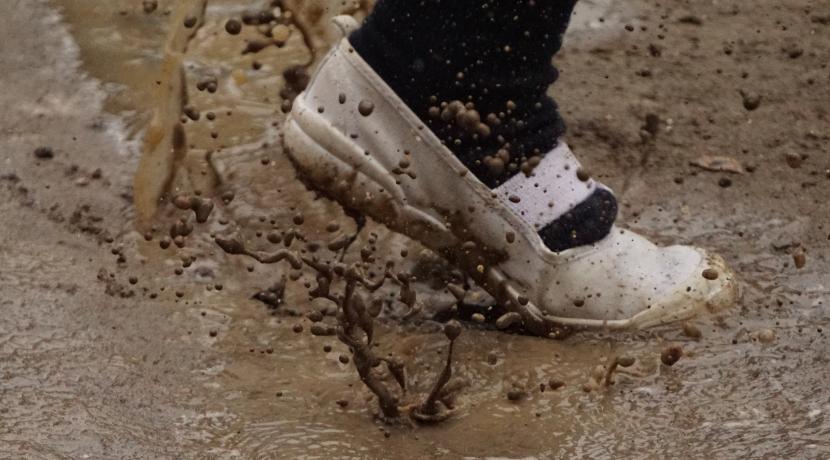 靴のまま履けるブーツ、突然の雨対策におすすめです。