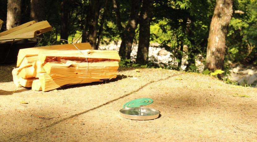 蚊から全身を守れる、「着る」蚊帳。