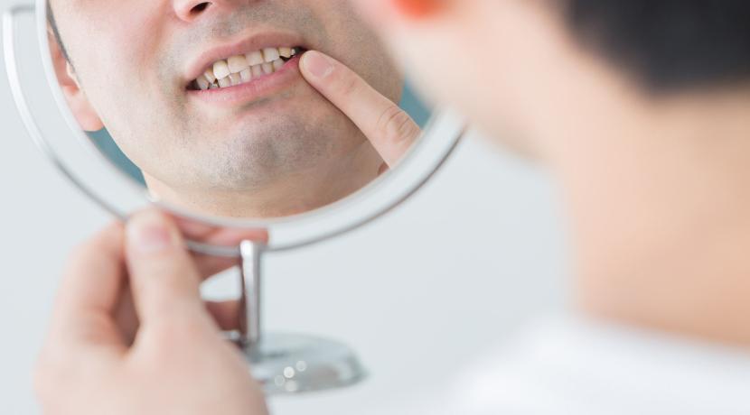 スマホと連動する電動歯ブラシ、磨き残しが画面に分かりやれるので、磨き残しが無くせます。