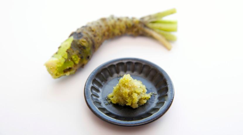 粒状のワサビ、鮮やかな緑の粒が料理を華やかに彩るわさび加工品。