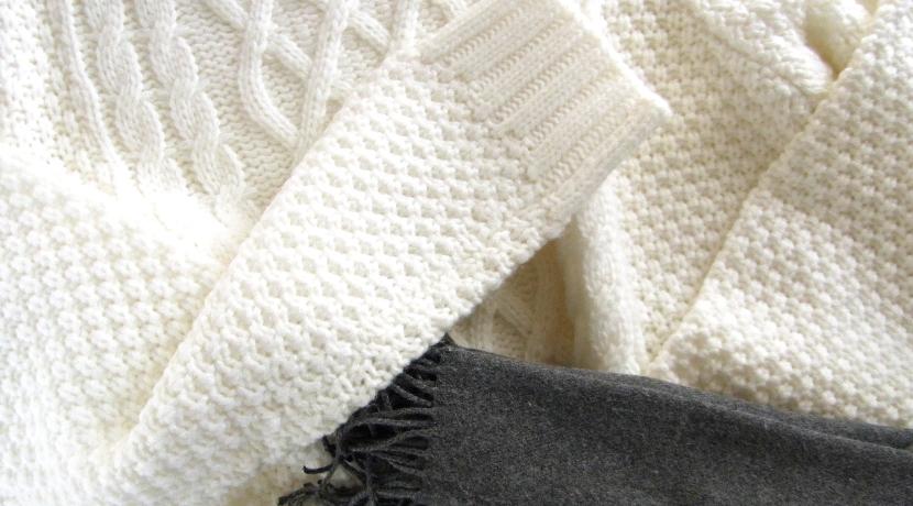 洋服に毛玉ができるのを防止するためのスプレー、サッと吹きかけるだけで、毛玉予防になります。