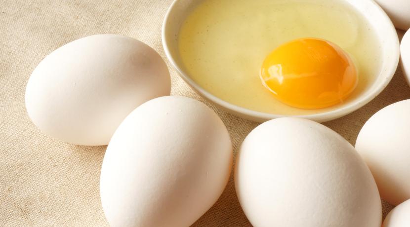 目玉焼きをきれいに作るためのグッズ、コツいらずできれいな目玉焼きが簡単に作れます。